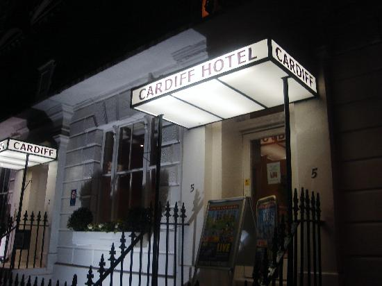 Cardiff Hotel : Front of Hotel