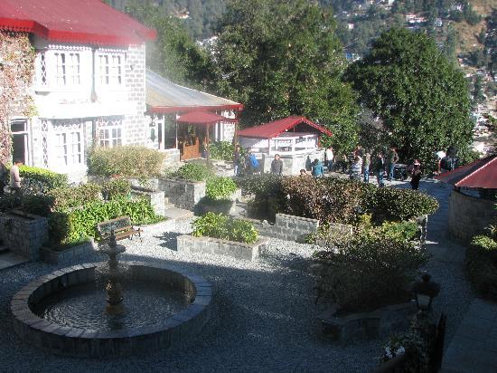 The Naini Retreat: The fountain garden