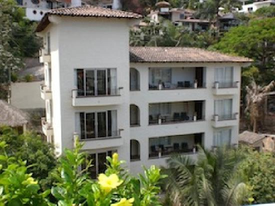Bugambilia Blanca Vacation House and Condos: Bugambilia Blanca in Puerto Vallarta's charismatic Zona Romantica