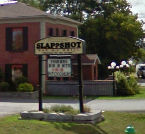 Slapshots : out front
