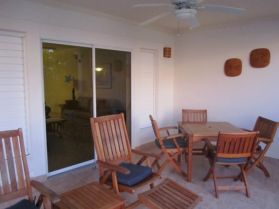 Beach View : Balcony