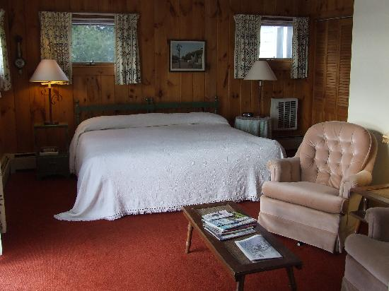 Country Club Inn: Guest Room