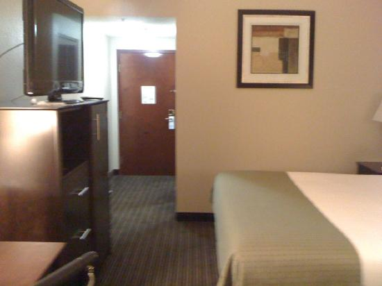 Holiday Inn Express Charleston / Southridge: GOOD STUFF