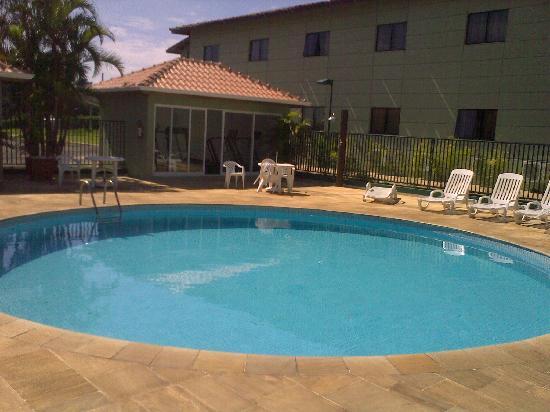 Jaguariuna: Pool