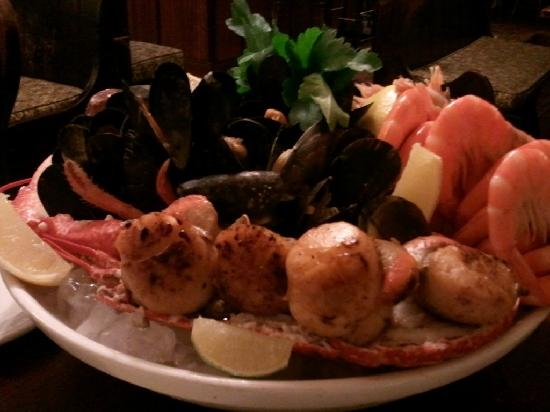 Barrel o' Beer: Sea Food Platter
