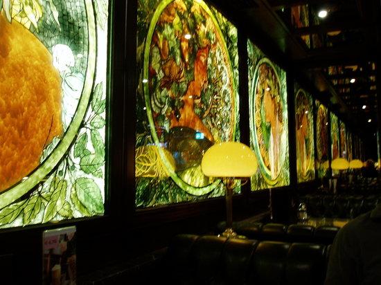 Cafe Restaurant Ascot: interior