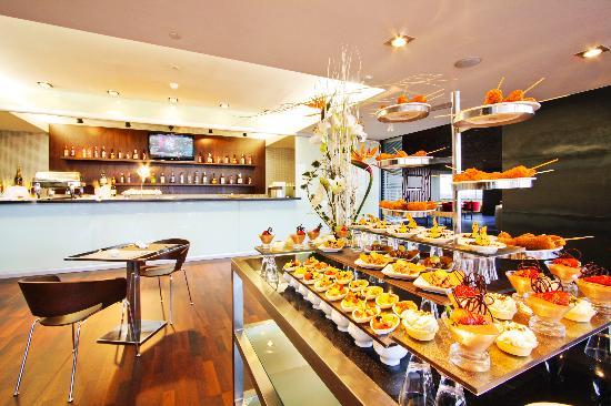 Hilton Mexico City Reforma: Executive Lounge Dinning