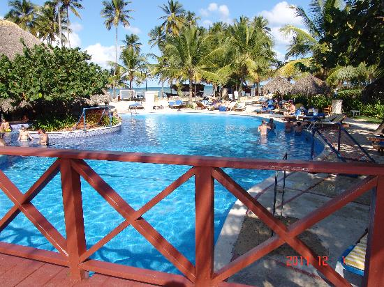 Dreams Punta Cana Resort & Spa: Awesome Lagoon Pool