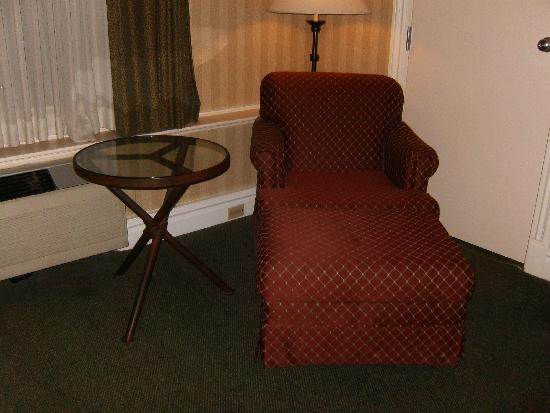 Red Lion Hotel Pocatello : comfy chair