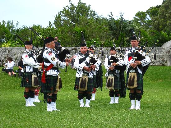 Bermuda Pipe Band at Fort Hamilton