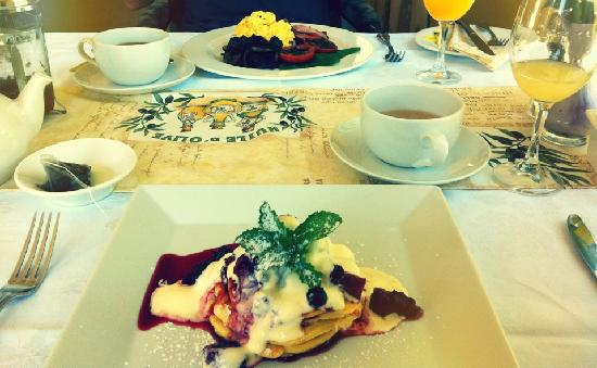 Glen Isla House: gluten free pancake for breakfast