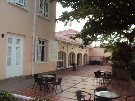 Hotel Pipaton: Al orilla del rio