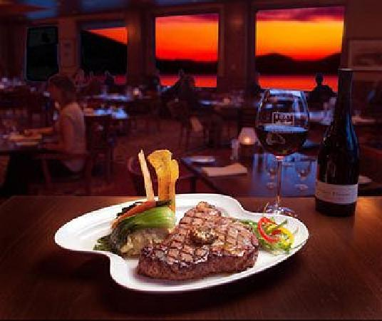Whitefish, MT: The award winning Boat Club Restaurant