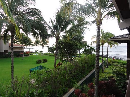 Koa Kea Hotel & Resort: partial ocean view from lanai