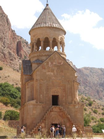 Areni, Armenia: 2 storey church at Noravank