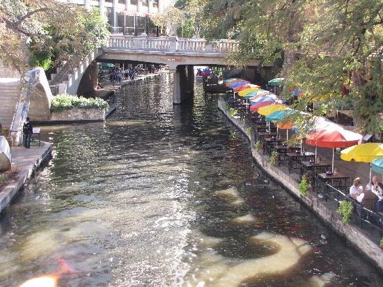 Alamo IMAX Theatre: River Walk