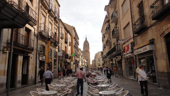 NH Salamanca Palacio de Castellanos: The old city