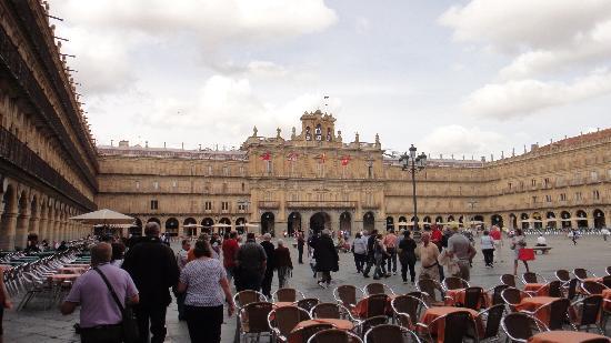 NH Salamanca Palacio de Castellanos: The Town Square