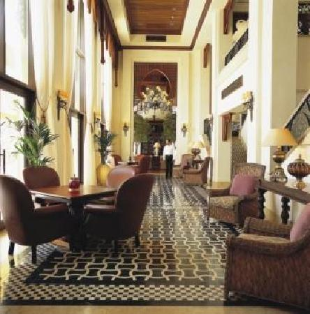 Residence&Spa at One&Only Royal Mirage Dubai: Library Lounge Residence & Spa