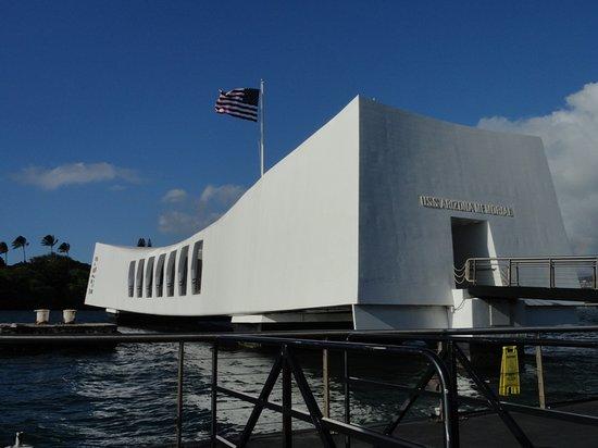 USS Arizonas minnesmonument i Pearl Harbor: USS Arizona Memorial 4