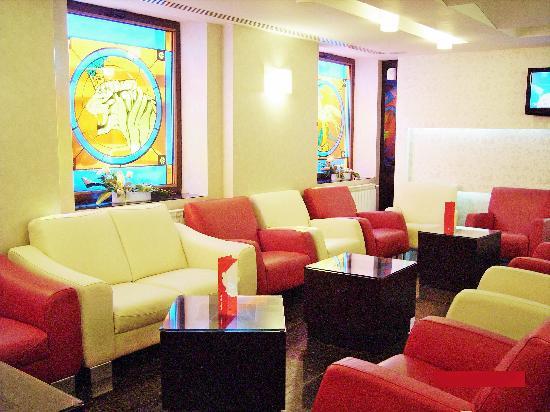 Minerva Hotel : Lobby Bar