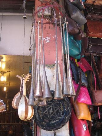 Riad Hotel Assia : belle queste lampade..mi sarei comprata il mondo li...
