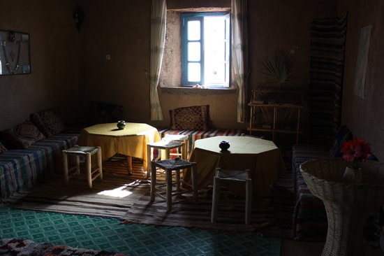 Dar el Khamlia: resting zone in Khamlia