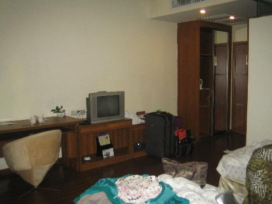 Home Inn Guangzhou Pazhou Chigang Subway Station: Room