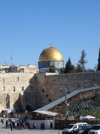 Old City of Jerusalem: wester wall and mosque