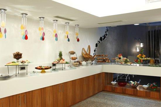 Biz Cevahir Hotel: Buffet