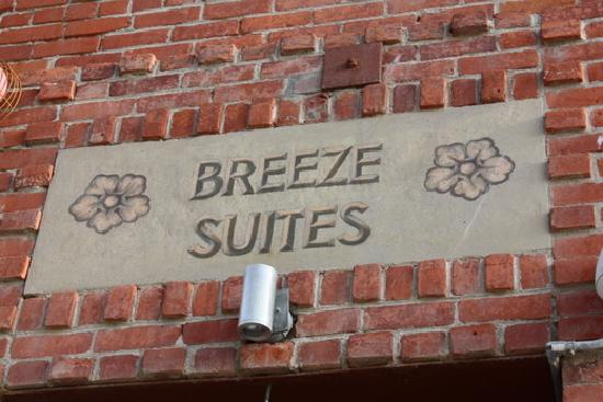 Venice Breeze Suites: Welcome!