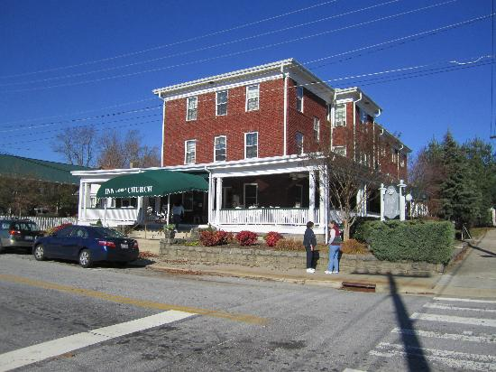 Inn on Church: Beautiful Historic Building