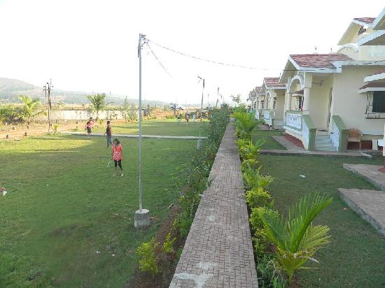Mauli Resort : bunglow