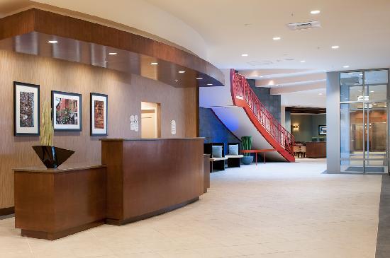 Residence Inn Portland Downtown/Waterfront : Main Lobby
