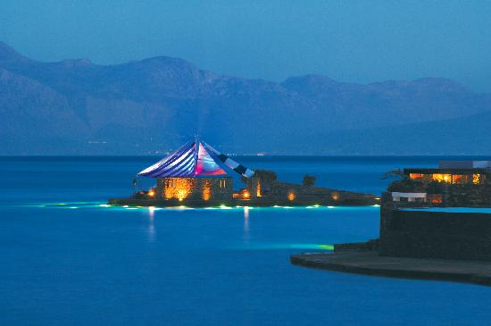 Elounda Beach Hotel & Villas: View of Veghera Bar