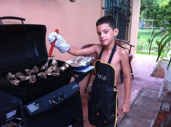 La Casona Guevara: con generacion familiar en la cocina , el nieto de doña Celia