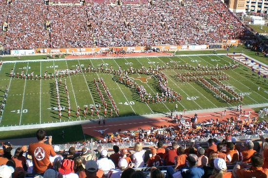 Darrell K Royal-Texas Memorial Stadium: showband of the southwest
