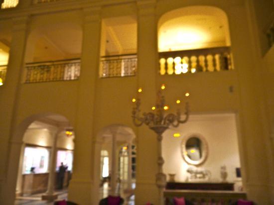 Restaurante La Veranda - Villa Padierna Palace Hotel: Atrium