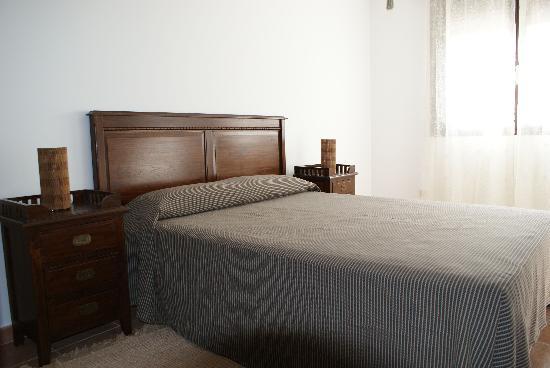 Alojamientos botica rural la cabrera espa a opiniones for Precio habitacion matrimonio completa