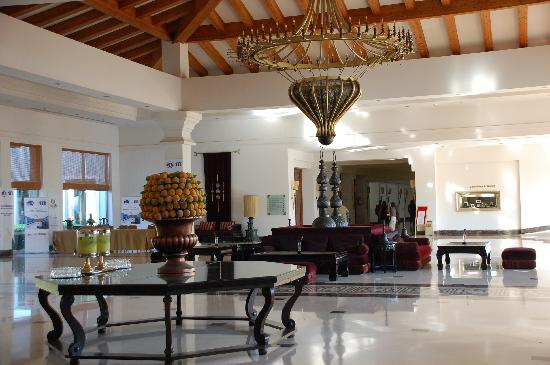 Amazing Akka Antedon Hotel: Beautiful Hotel Lobby With Turkish Decor.