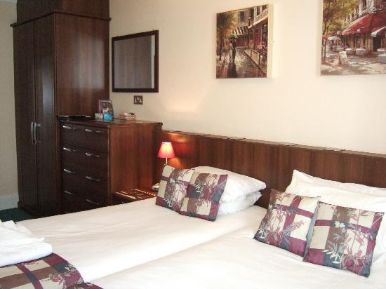 Mount Edgcombe: One of our En Suite Deluxe Rooms