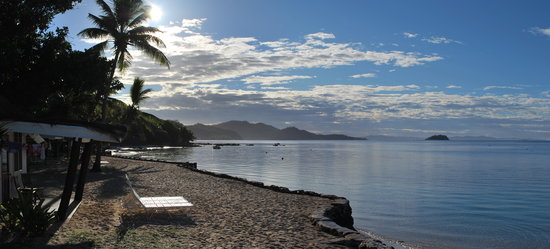 Castaway Island (Qalito), Fiji: second beach  - our bure was off this quieter beach