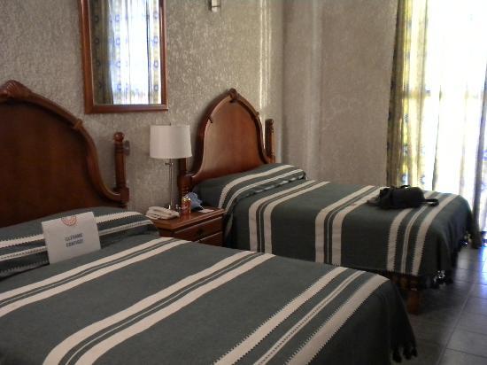 Hotel Francia: cuarto