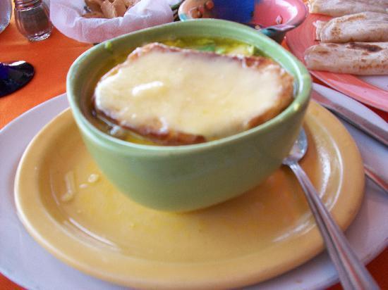 Adriano's Restaurant : Yummy Avocado Soup