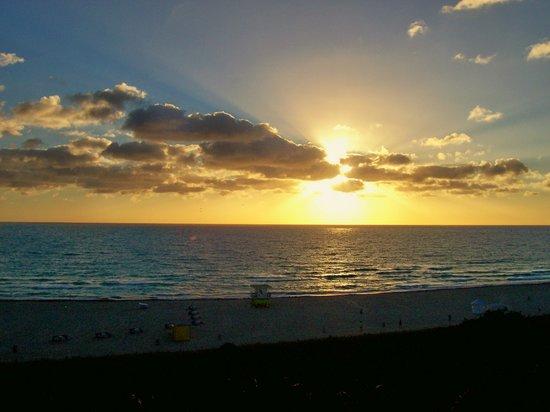 Hilton Bentley Miami South Beach Sunrise One Morning Early
