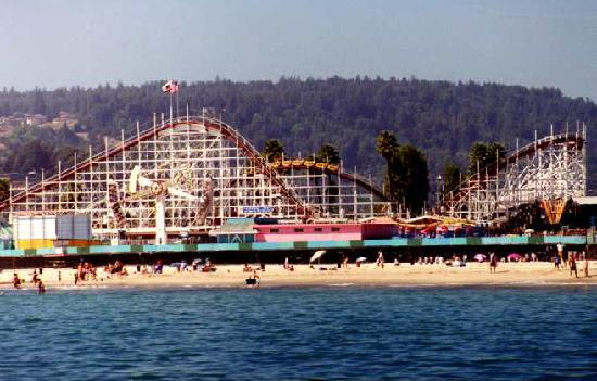 ‪ميشين إن: Santa Cruz Boardwalk‬