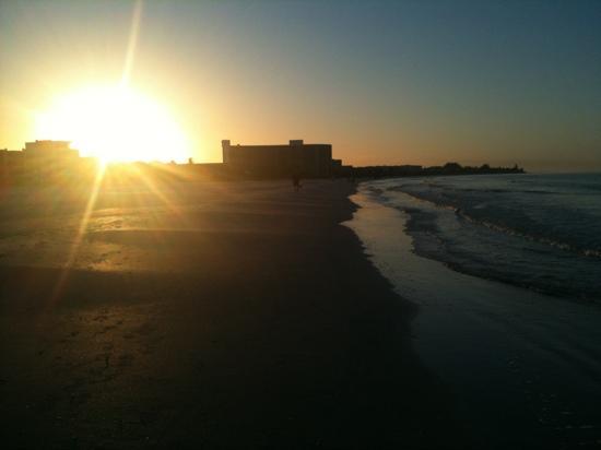 Siesta Key, FL: sunrise Dec 7 2011