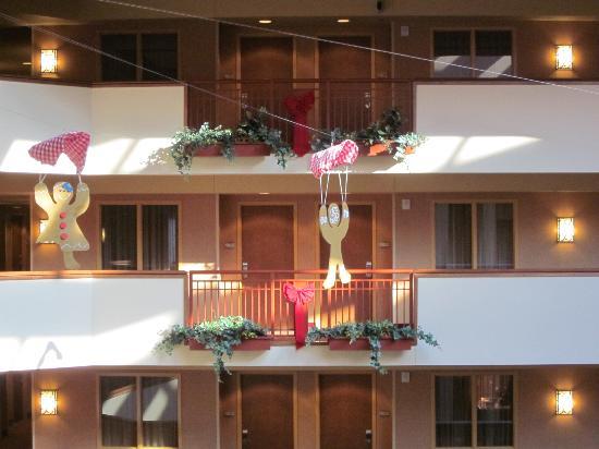 Embassy Suites by Hilton Loveland - Hotel, Spa and Conference Center: Dangling gingerbread people during December