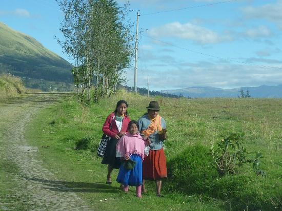 "Guanguiltagua Expeditions: ""beautiful indigenous people from the Ecuadorian Andes"""
