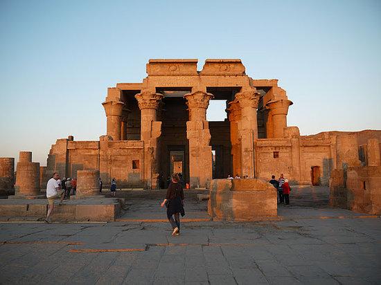 كوم أمبو, مصر: Kom Ombo al tramonto